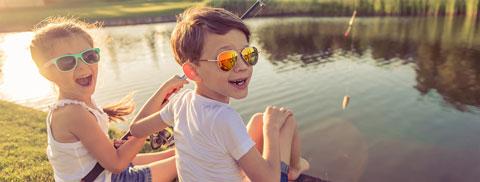 "e46728ce21 Lentes de sol para niños: ""Lo antes posible"" - Febrero | Clínica ..."